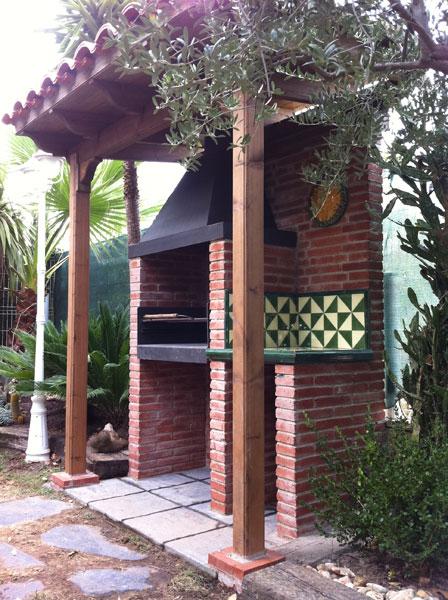 Construcción de Barbacoa exterior en Tarragona
