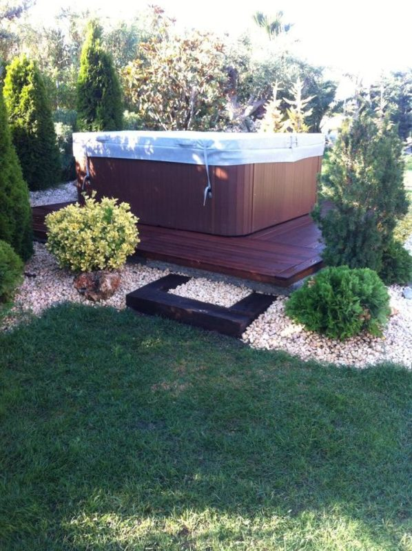 mantenimiento de jardines en Reus jardines con piscina